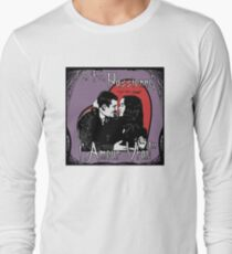 """Un Fou, Passionné, l'Amour Vrai!""- One Crazy, Passionate, True Love! (purple) T-Shirt"