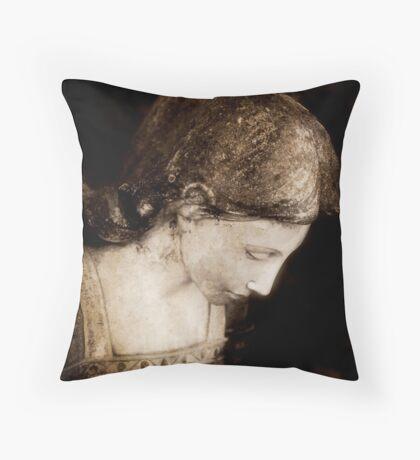 The Angel Awaits Throw Pillow
