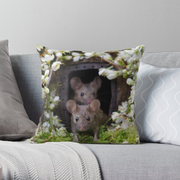 George the mouse in a log pile house - SPRING  Throw Pillow