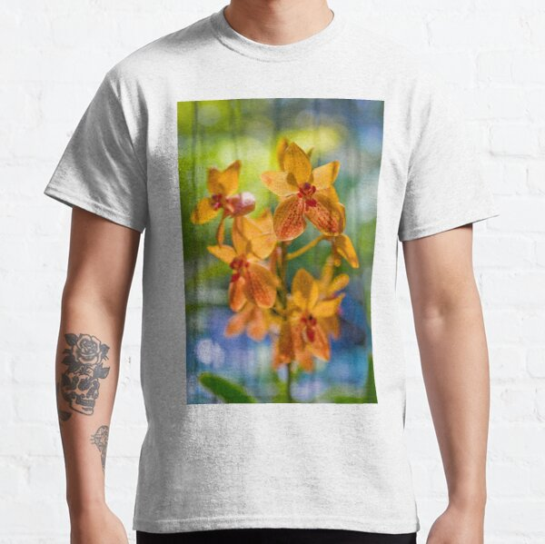 Orchidees flottantes  Classic T-Shirt
