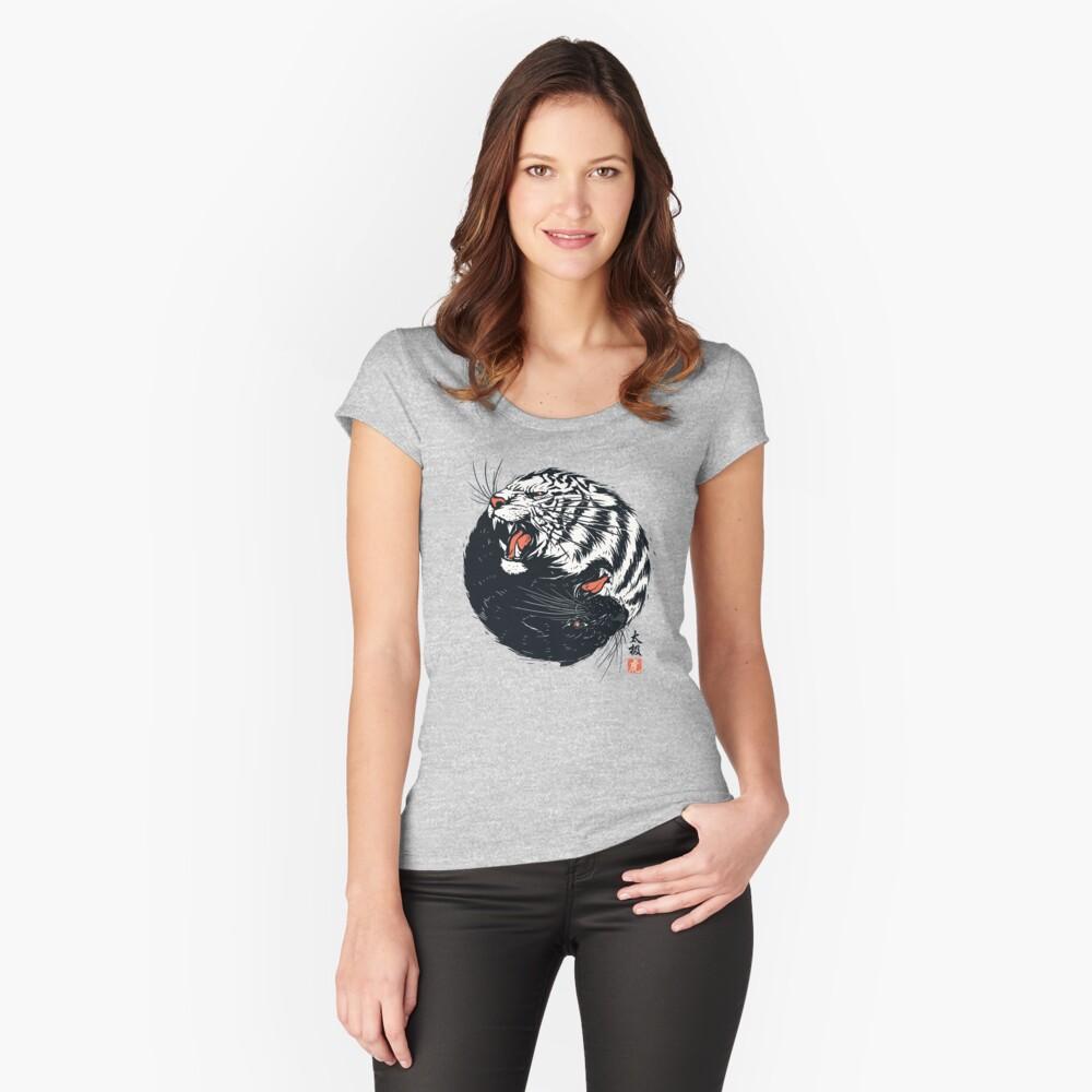 Tachi Tiger Camiseta entallada de cuello ancho
