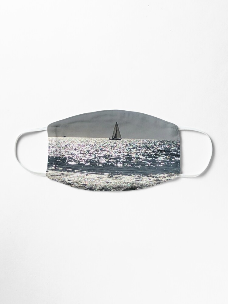 Alternate view of The ocean  Mask