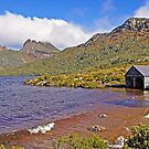 Breakers at the Boat Shed - Dove Lake by TonyCrehan