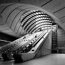 Canary Wharf DLR Station by muzy