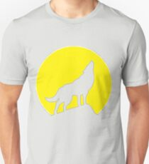 She-wolf inverted T-Shirt