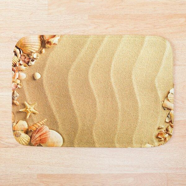 Sea sand with shells Bath Mat