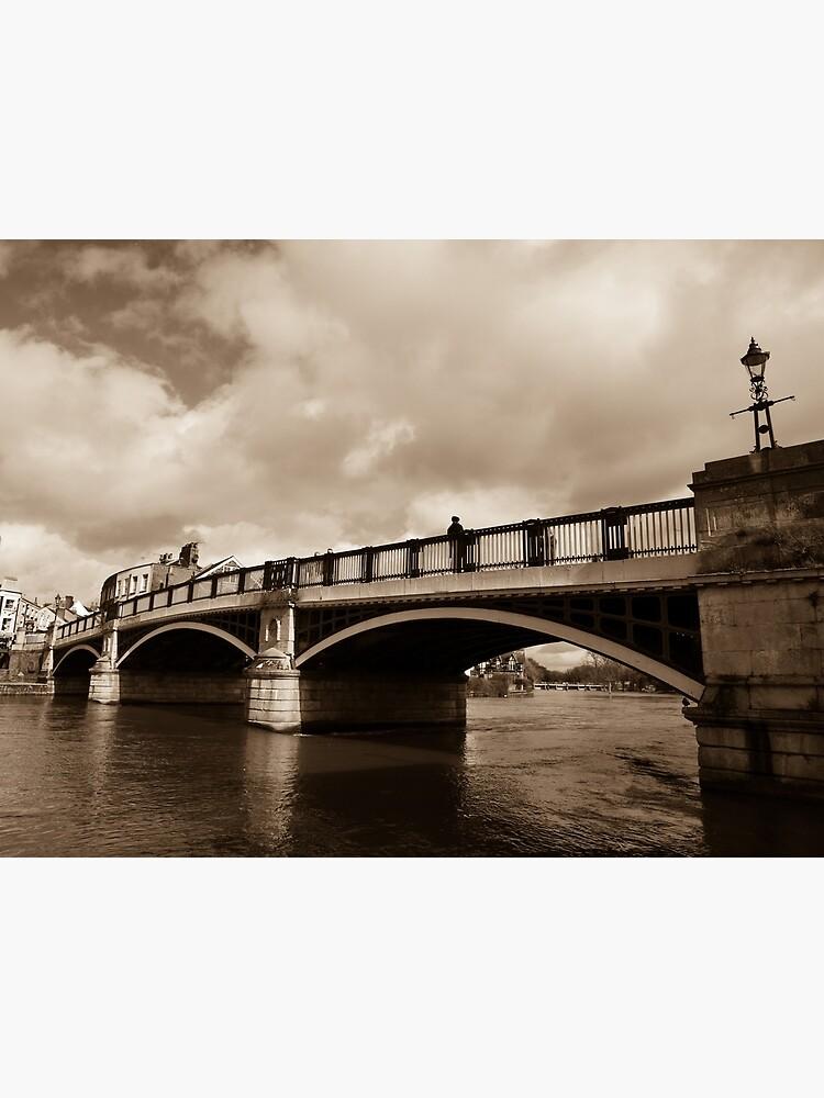 Bridge on river Thames in Windsor, UK by santoshputhran
