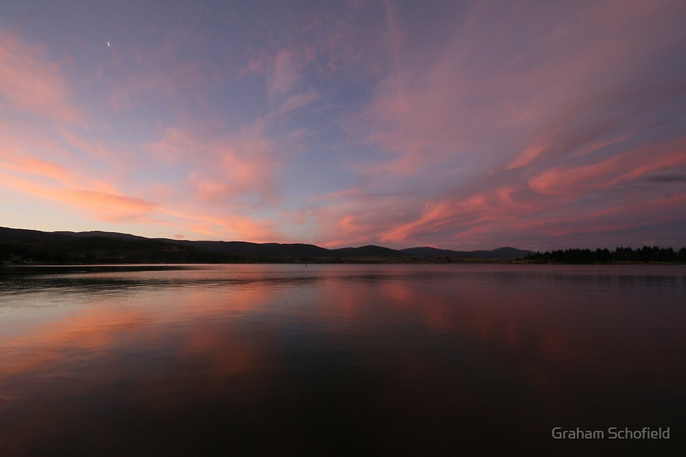 Lake Jindabyne Dawn by Graham Schofield