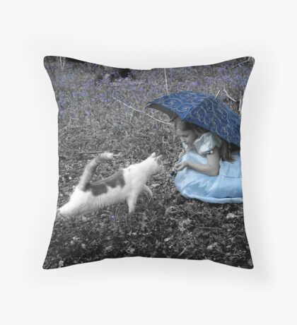 Woodland Meeting Throw Pillow