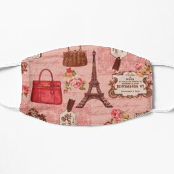 Parisian fashion in pink Mask