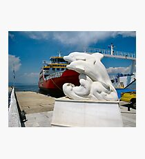 The Thassos Island ferry.With new statue. Fotodruck
