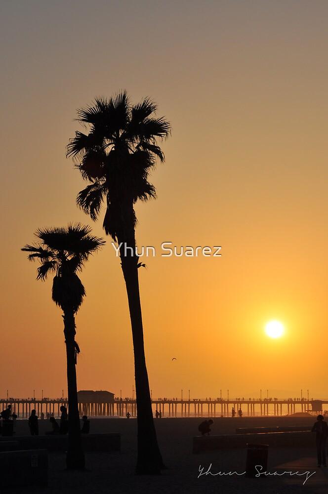 California Beach Sunset by Yhun Suarez