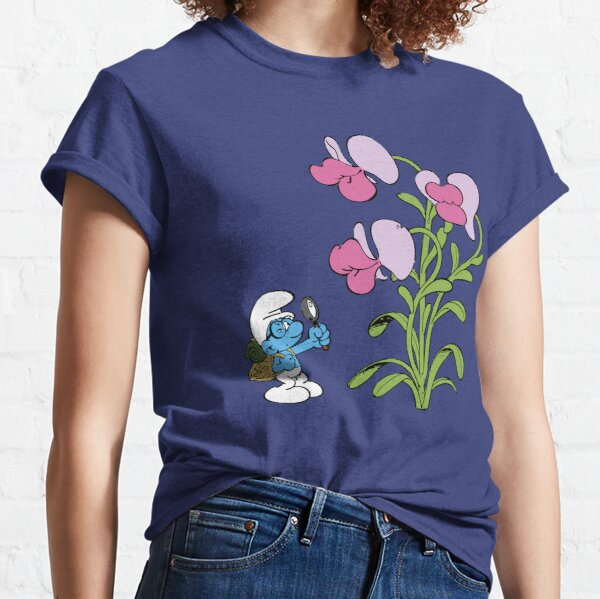 Brainy examining giant flower  Classic T-Shirt