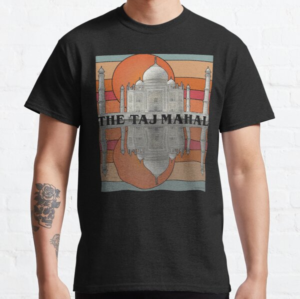 The Taj Mahal and Rippling Reflection at Sunrise Classic T-Shirt