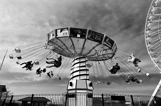 Carnival ride - Chicago, USA by Norman Repacholi