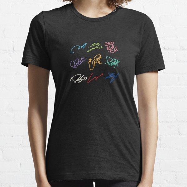 TWICE SIGNATURES Essential T-Shirt