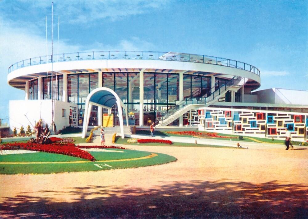 « Casino Municipal de Royan (Ferret). La Rotonde » par Francois Richet