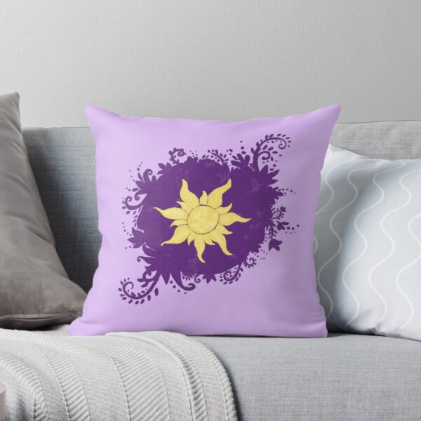 lost princess street art Throw Pillow