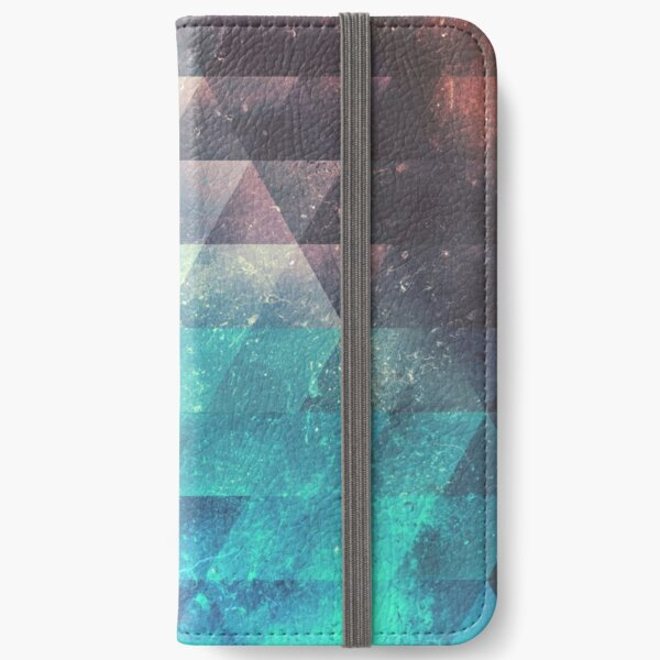 477 // brynk drynk iPhone Wallet