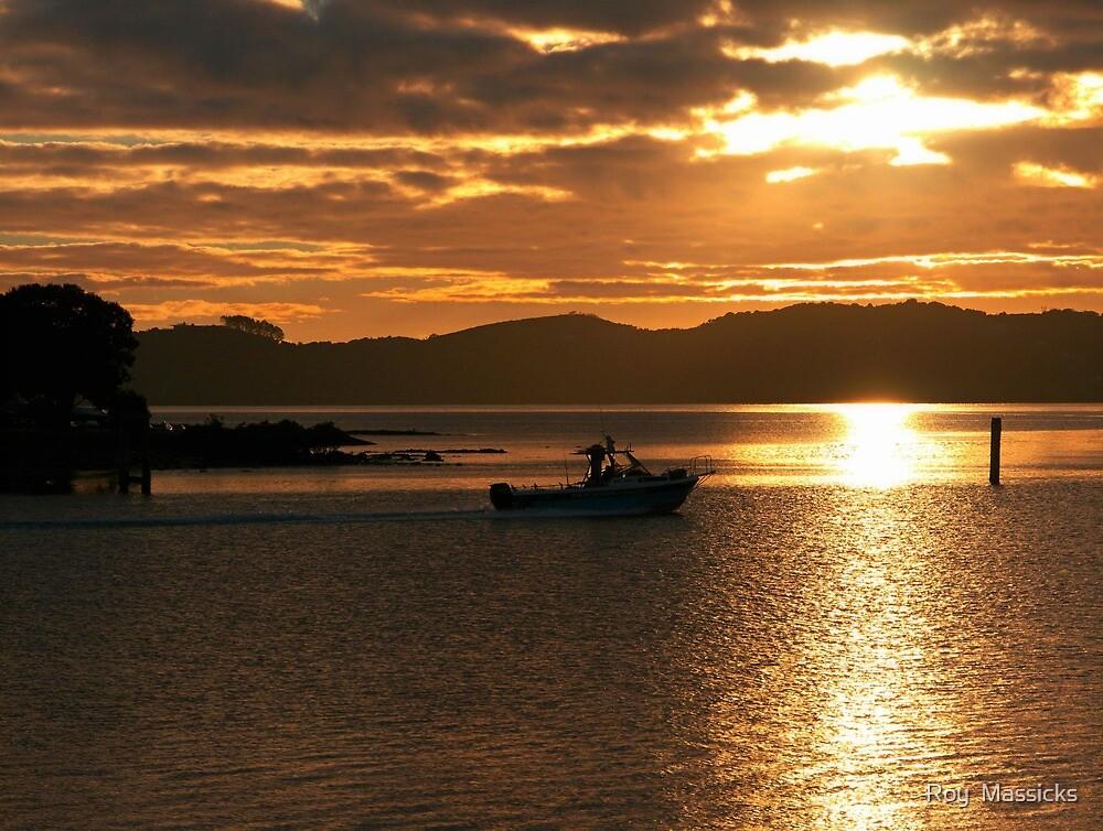 Early start - Waitangi sunrise...........! by Roy  Massicks