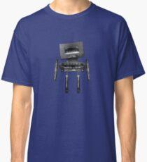 Cassette Robot, or Cassbot if you will Classic T-Shirt