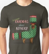 Christmas Crackers About Alpacas! T-Shirt