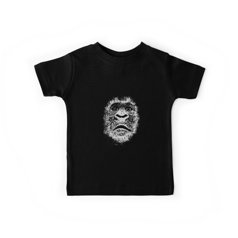 Black and White Face Of A Gorilla by taiche