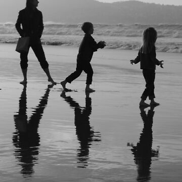 #1122 Silhouettes On The Beach by MyInnereyeMike