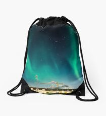Northen lights over Reykjavík Drawstring Bag