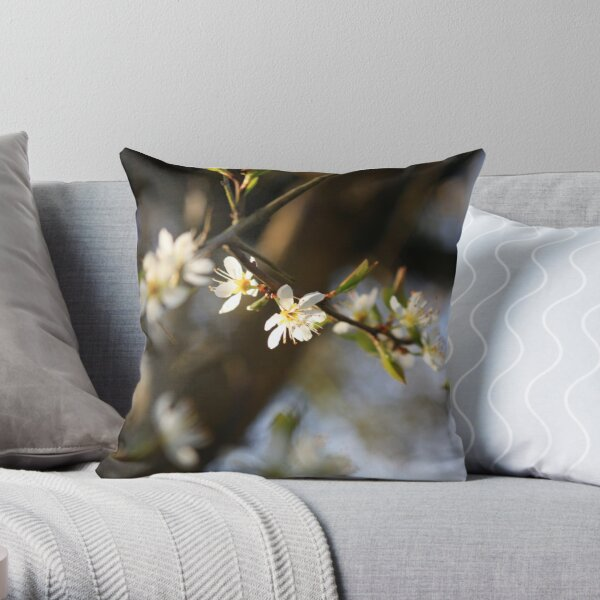 Apr - Bodsham - www.lizgarnett.com Throw Pillow