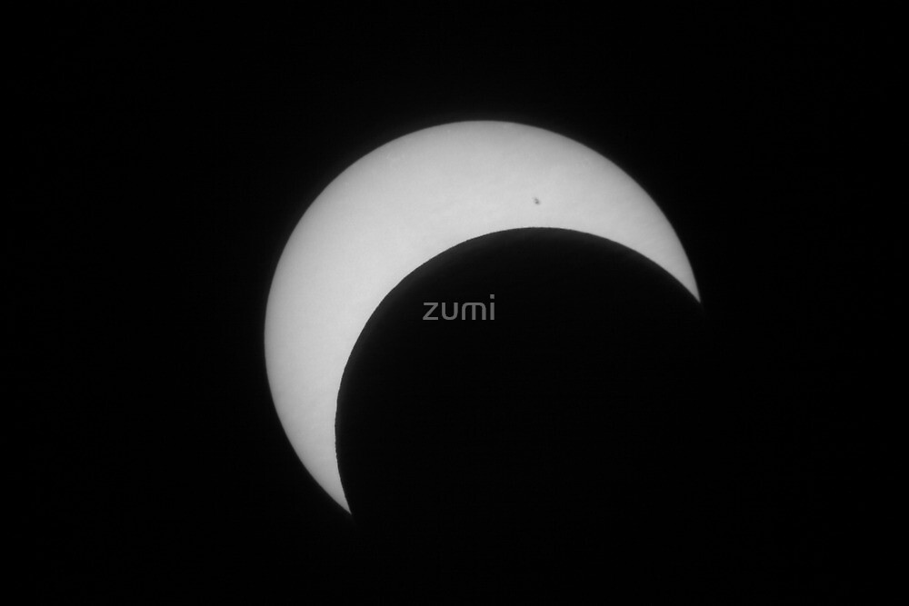 Annular eclipse (partial phase) by zumi