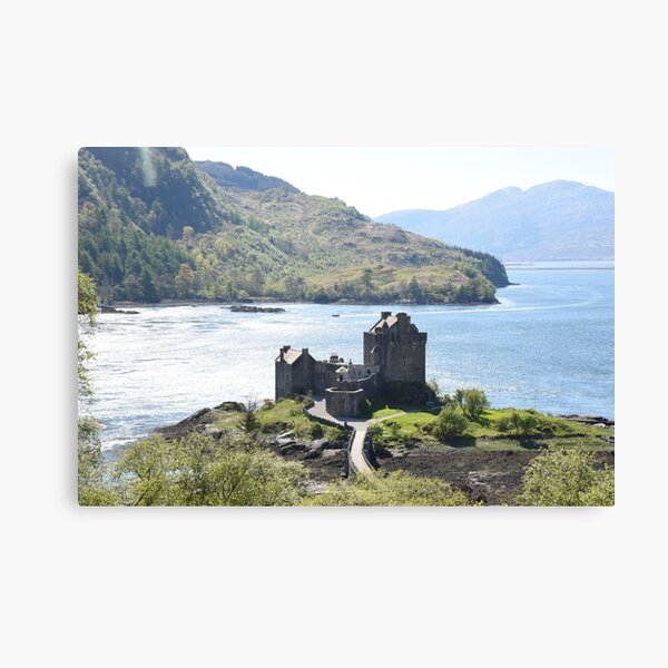 Eilean Donan Castle on a summer afternoon  in the Highlands of Scotland Canvas Print