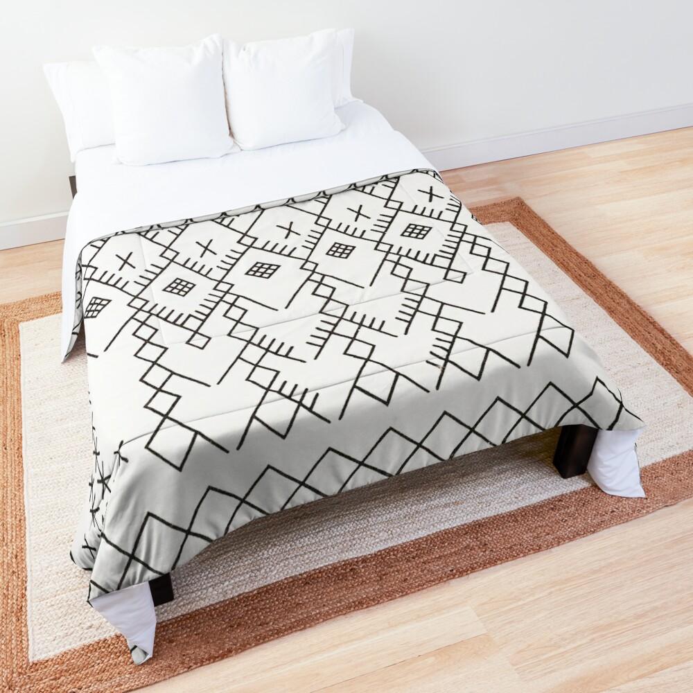 White Anthro Farmhouse & Rustic Boho White  Color Bereber Moroccan Artwork Comforter