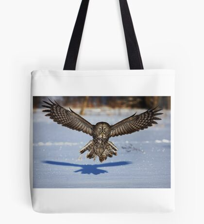 In your face - Great Grey Owl Tote Bag