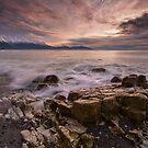 Kaikoura Caromello Rocks by Ken Wright