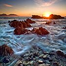Kaikoura Sunstrike by Ken Wright