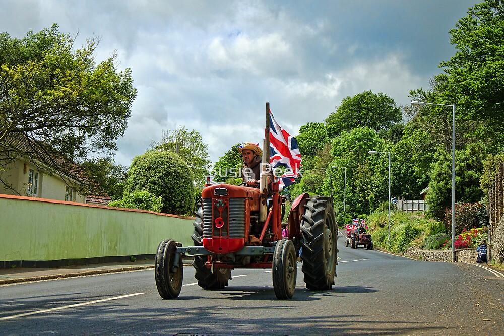 Colyton Tractor Run  by Susie Peek