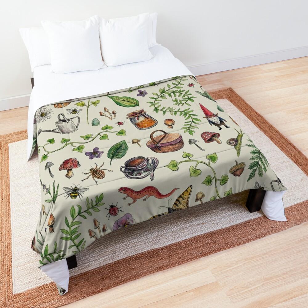 Cottagecore light green Comforter
