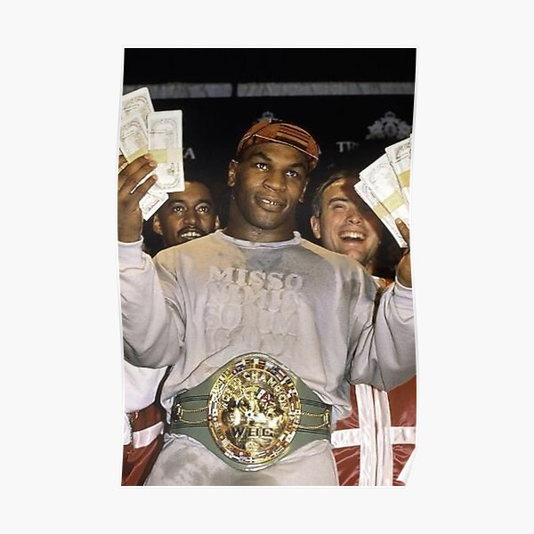 Mike Tyson sortant d'un combat Poster