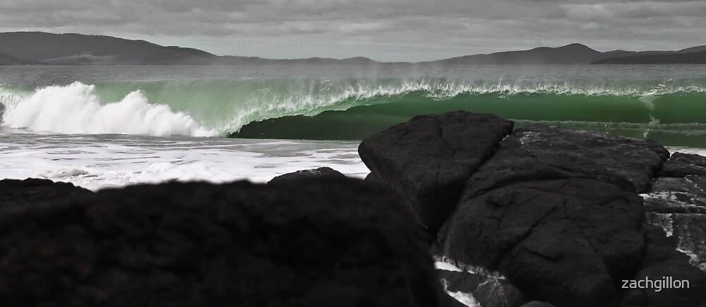 wave by zachgillon