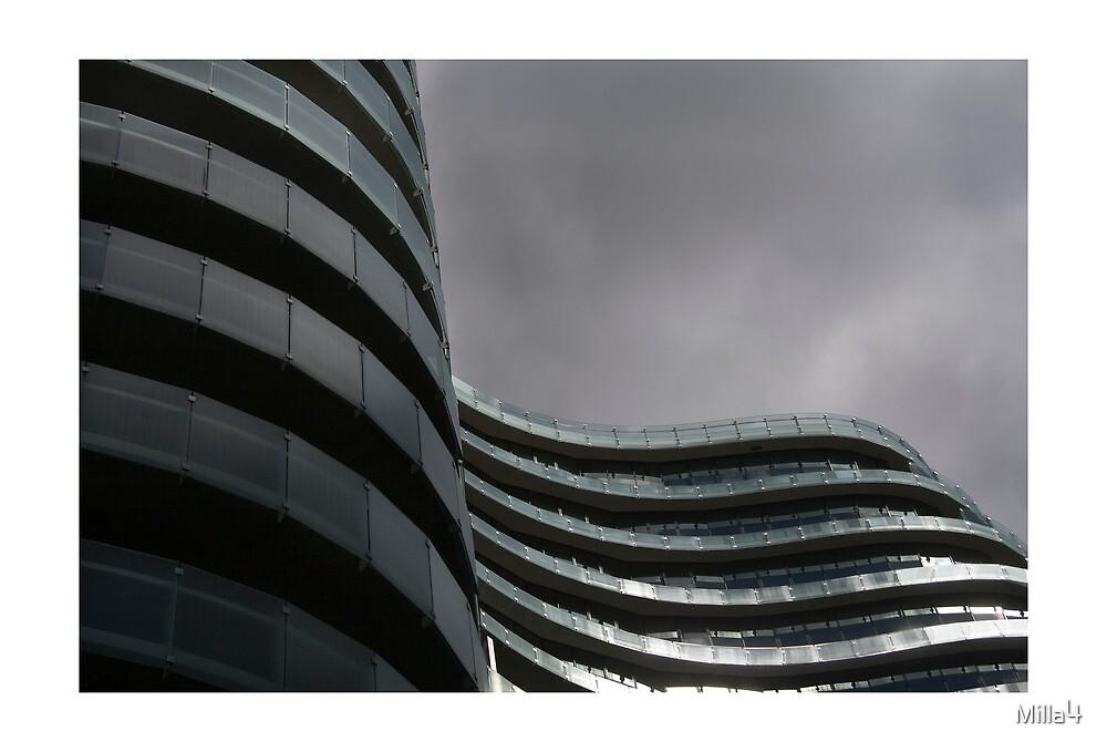 Curves on St Kilda Rd by Milla4