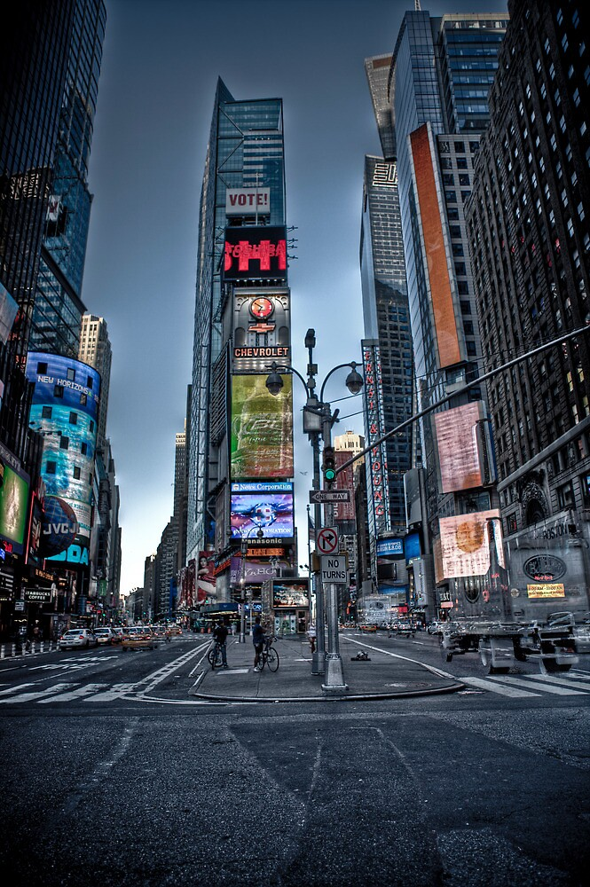 times square, NY by paulcowell