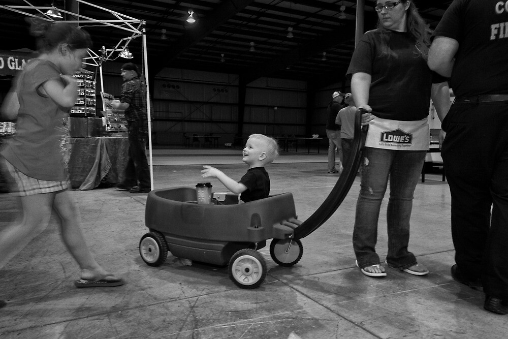 Kid in Wagon by jimmy986