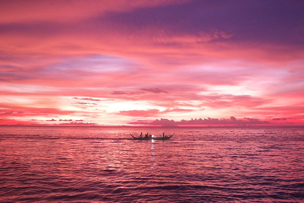 Puerto Galera Sunset Fishing by Jojo Sardez