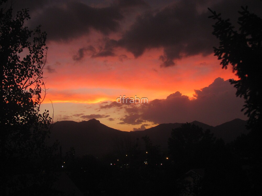 Sunset In Colorado Springs by dfrahm