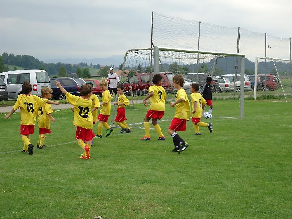 kinder football by fladelita