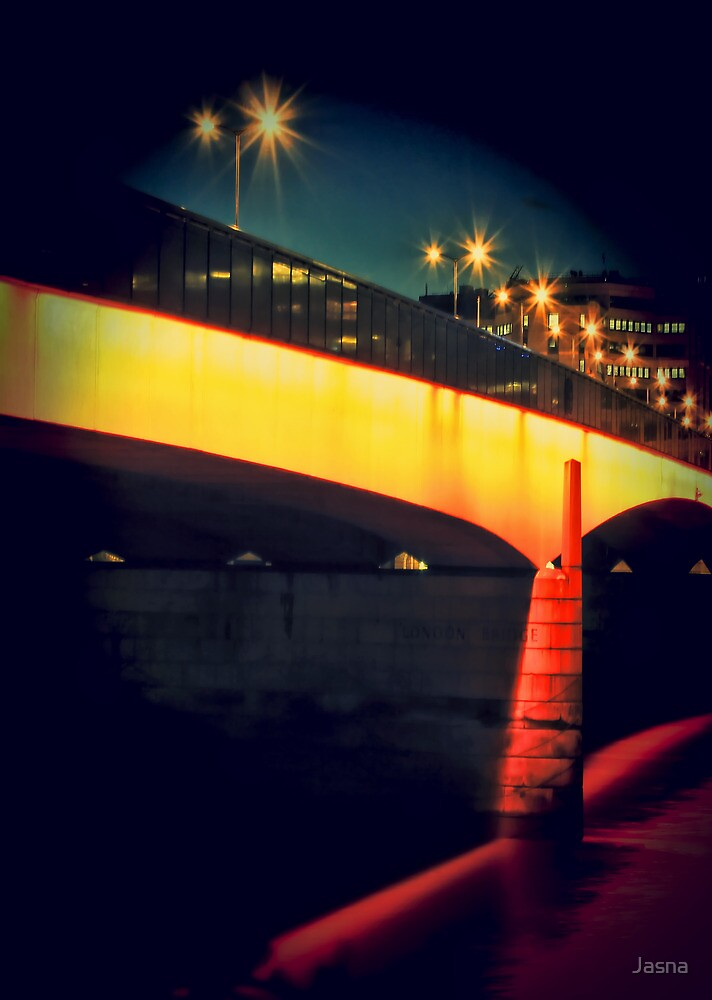 Secrets of London Bridge by Jasna