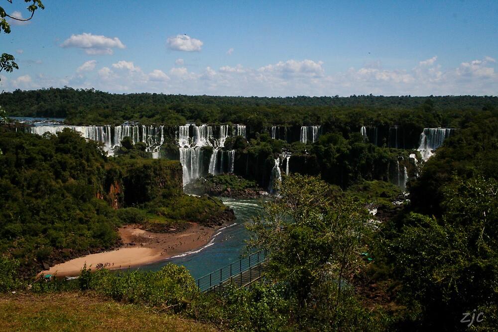 Iguaçu Falls, Brazil by Zach Chadim