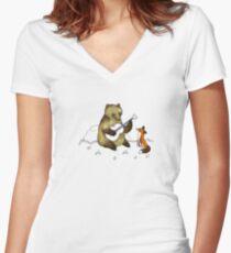 Bear & Fox Women's Fitted V-Neck T-Shirt