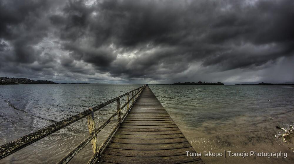 Tuggerah Bay Jetty by Toma Iakopo   Tomojo Photography
